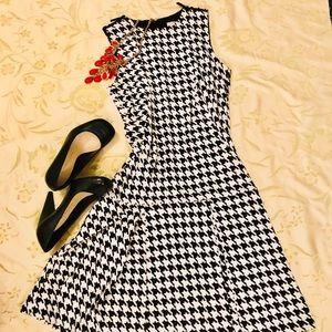 MK- Houndstooth Dress